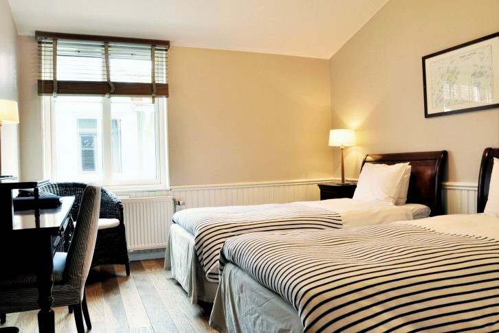 Hotellrum2 (2)
