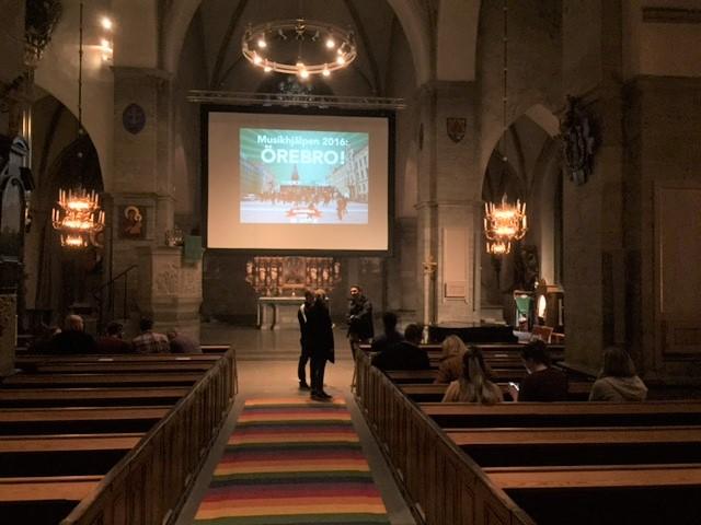 musikhjalpen-logga-kyrka-2